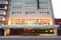 Hotel Presidente,  en